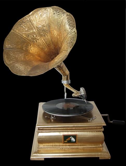 Grammofono a tromba quadrato oro arredo di design idea for Siti di oggetti in regalo